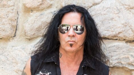 Jizzy Pearl Discusses Upcoming New Love/Hate And Quiet Riot Albums In New Interview